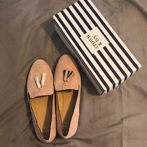 Brand new Crown and Ivy size 10 Ballet Pink Flats